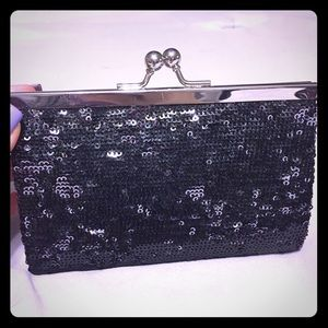 Small sequined clutch w chain